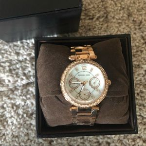Gold Michael Kors mini Parker watch EUC w box